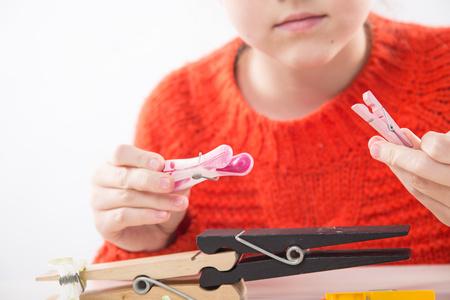 Integracja sensoryczna. Ćwiczenia na sprawność ruchową dłoni i palców